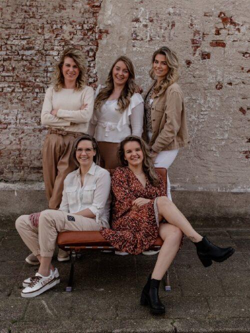 Team kapsalon en schoonheidssalon Huid en Haar Totaal in Rijssen